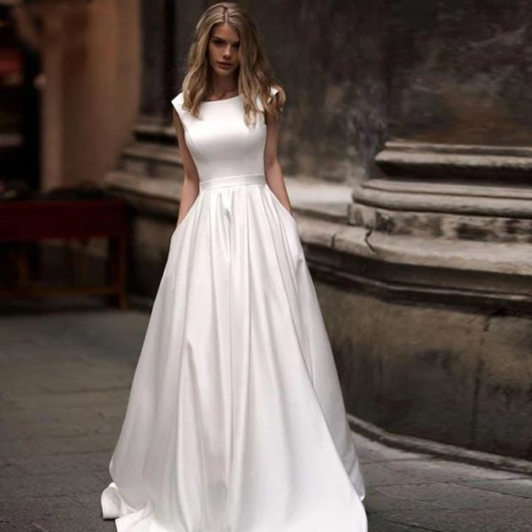 Alexia Wedding Dress - Lyndaz